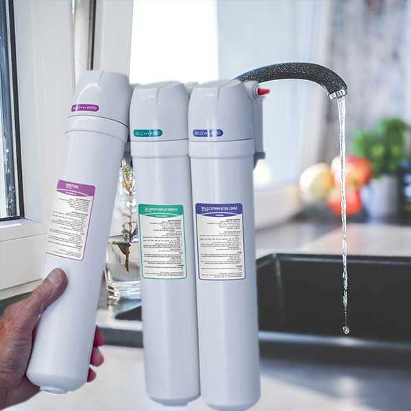 Under the sink water filtration systems